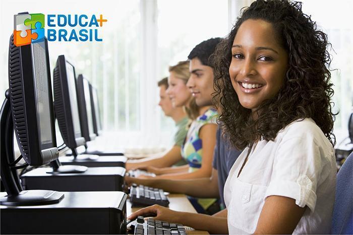 Ligação do Educa Mais Brasil